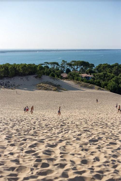 Zand en duinen bij de Dune du Pilat in het Bassin d'Arcachon.