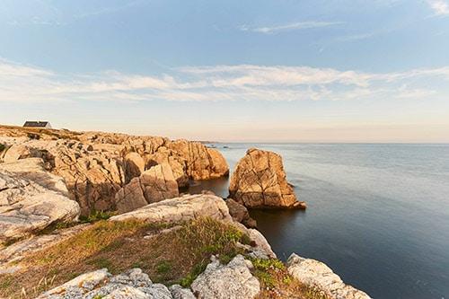 De ruige kust van Le Croisic in de Atlantische Kust van Frankrijk.