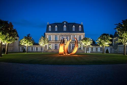Het château Malescasse in Médoc 's avonds
